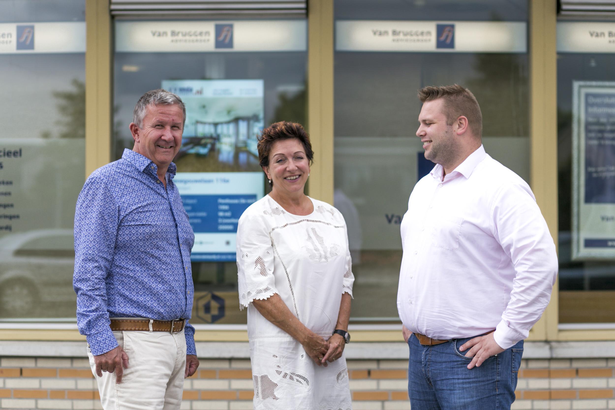 Het team van Van Bruggen Adviesgroep Capelle aan den IJssel